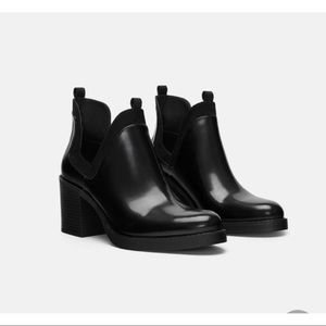 Zara Trafaluc Cut Out black Ankle Boots